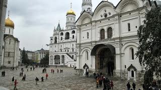 at_the_kremlin-578507-edited