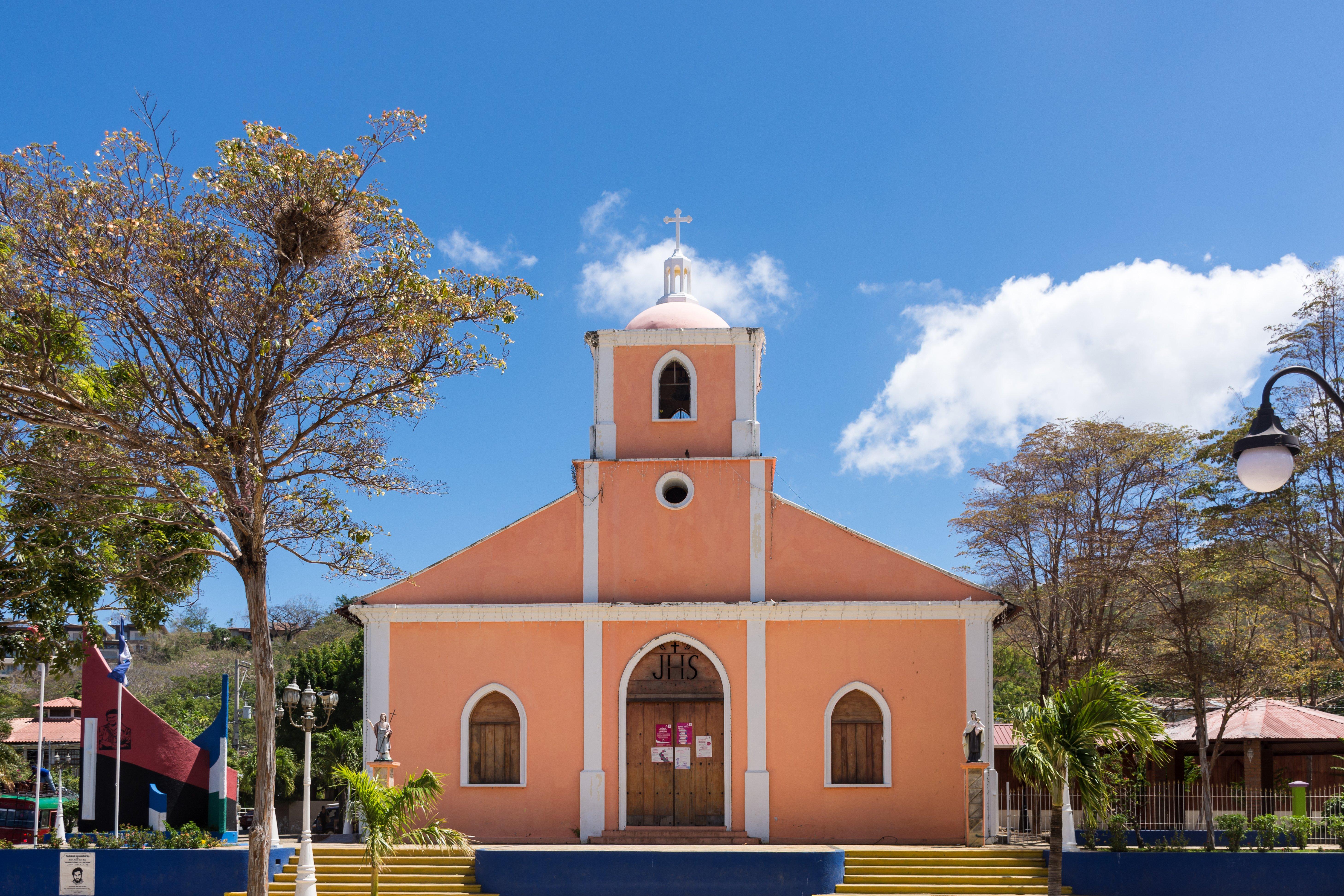 Église de San Juan del Sur, Nicaragua AdobeStock_195274480