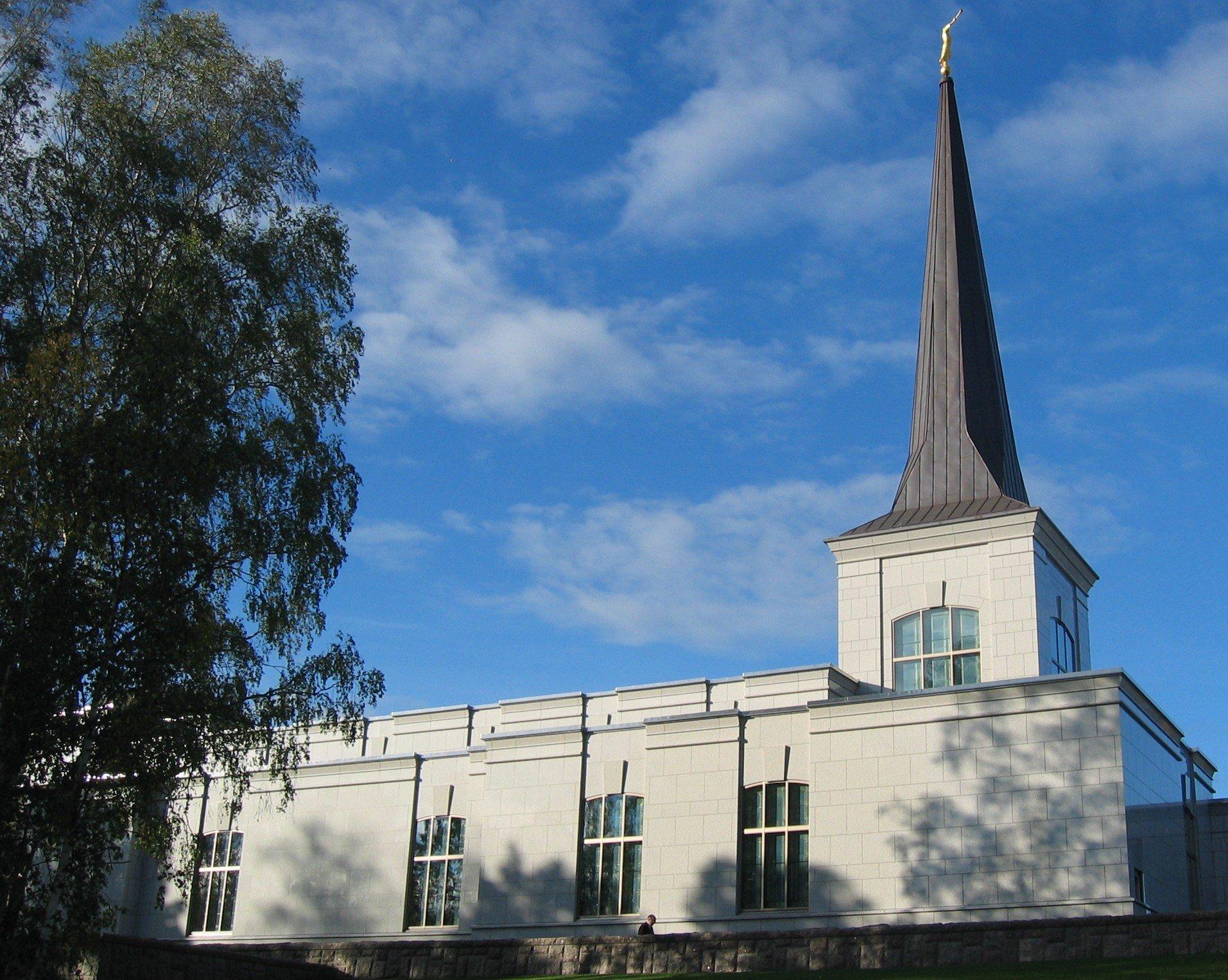 Helsiniki_Finland_Temple.jpg