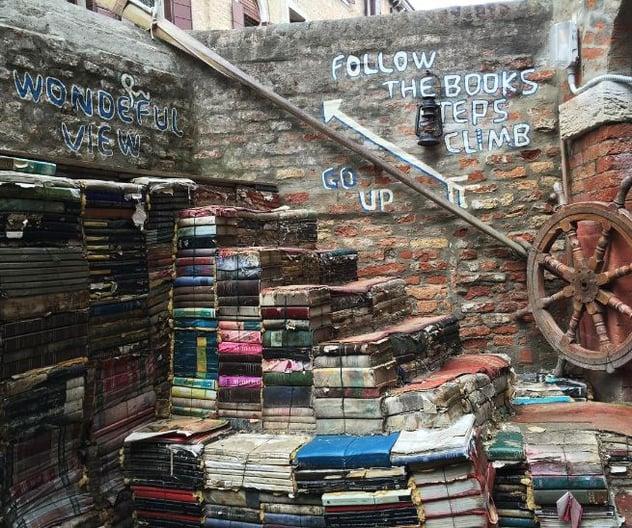 Italy bookstore ilp.jpg
