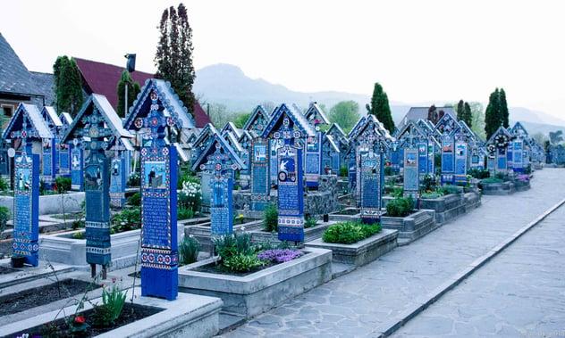 Merry_Cemetery_2.jpg