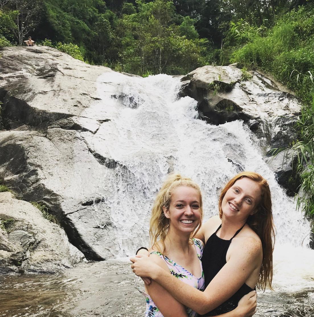Pai waterfalls-1.jpg