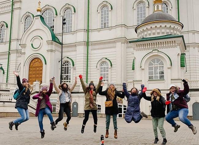 ILP Volunteers - live abroad programs