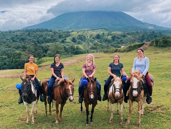 Teaching kids English in Costa Rica with ILP