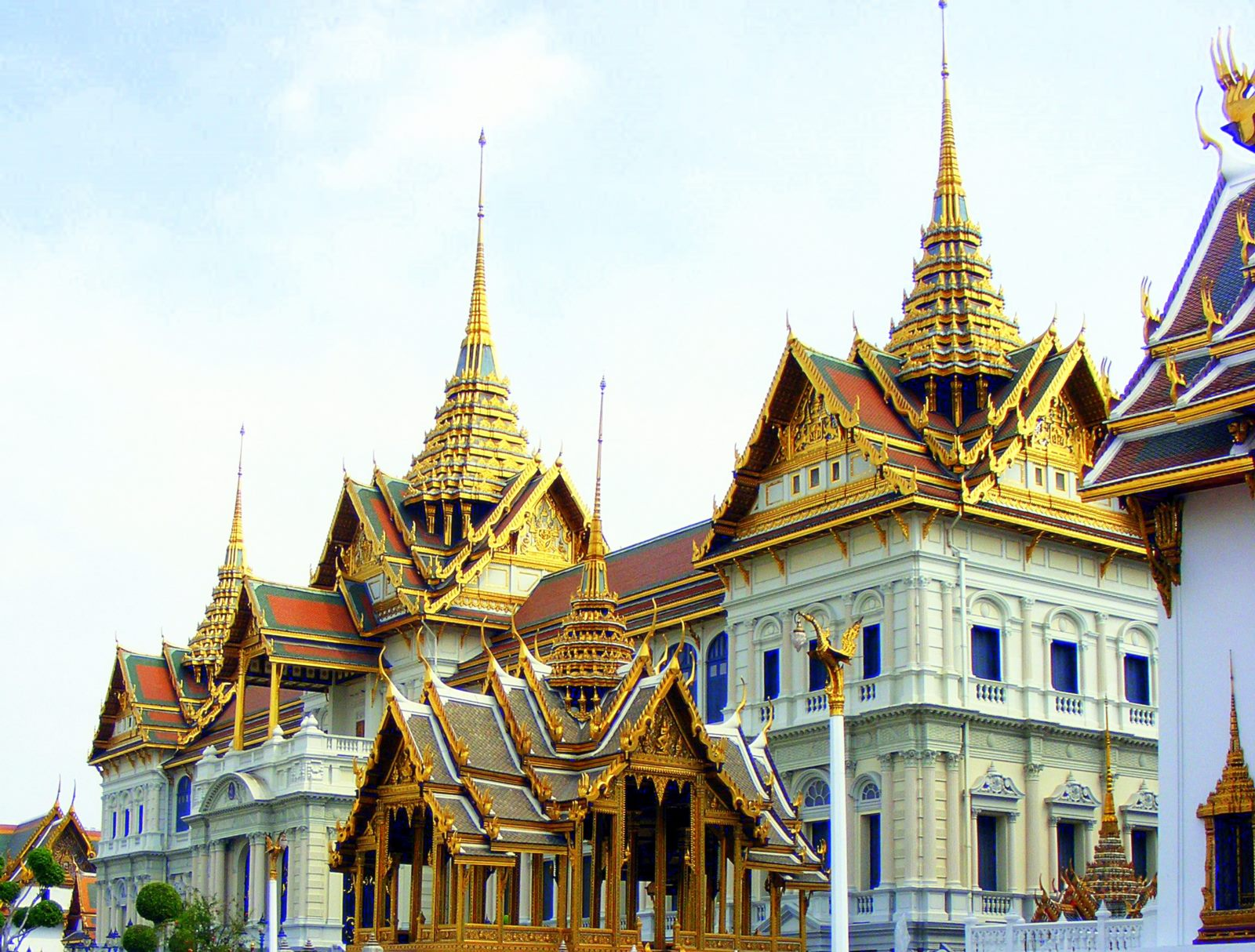 The_Grand_Palace_of_Thailand_2-1.jpg