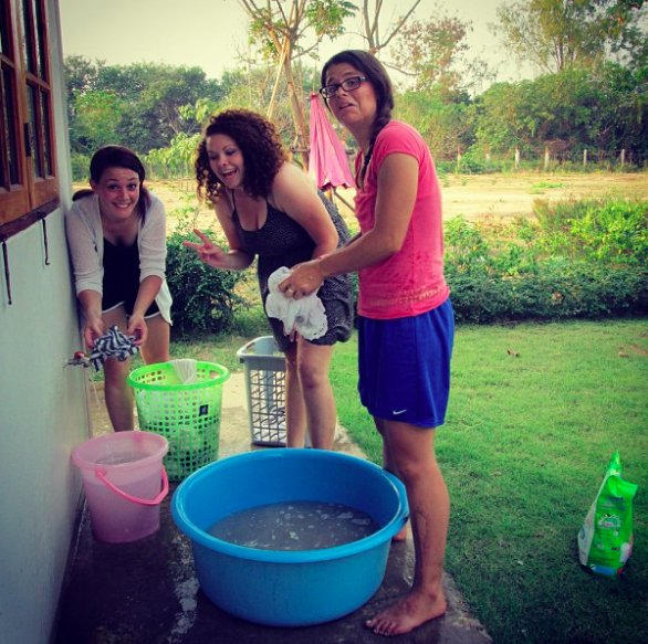 ILP Volunteers in Lithuania doing laundry