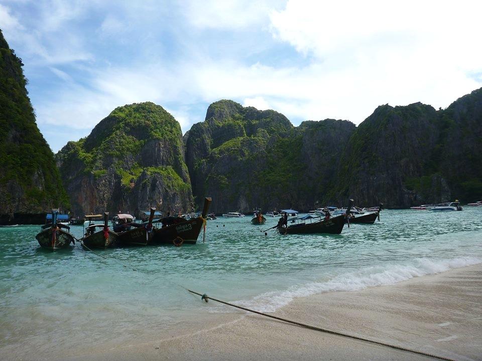 phi_phi_islands