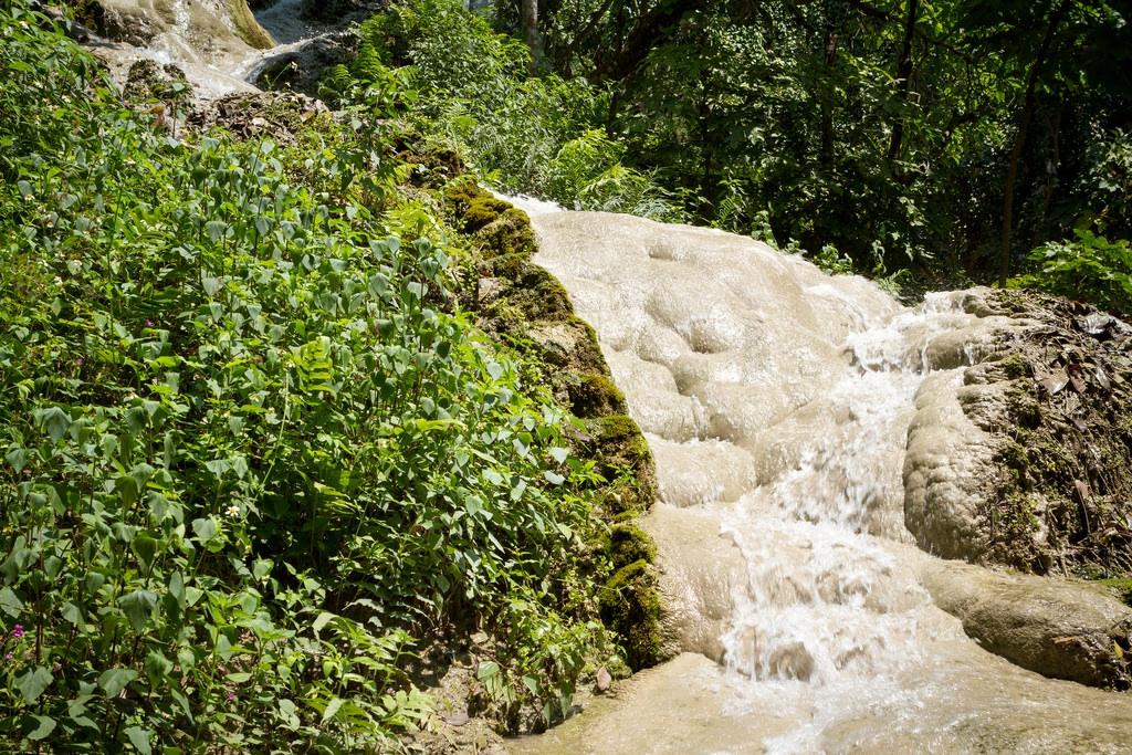 sticky waterfalls 2.jpg