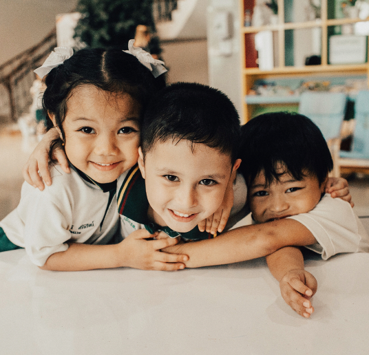thai kids @tayrobison-1.png