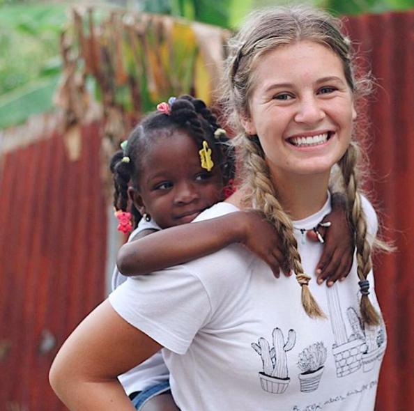 Volunteer in the Caribbean