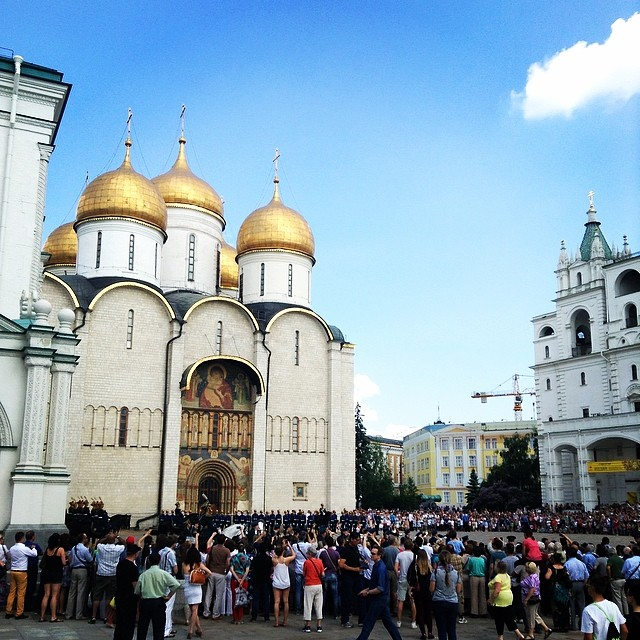 cathedral_square_in_the_kremlin-2
